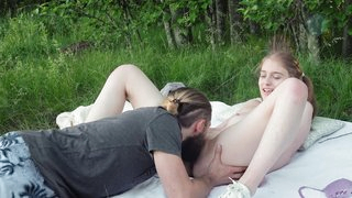Ultra-cutie gets a fuck in forest
